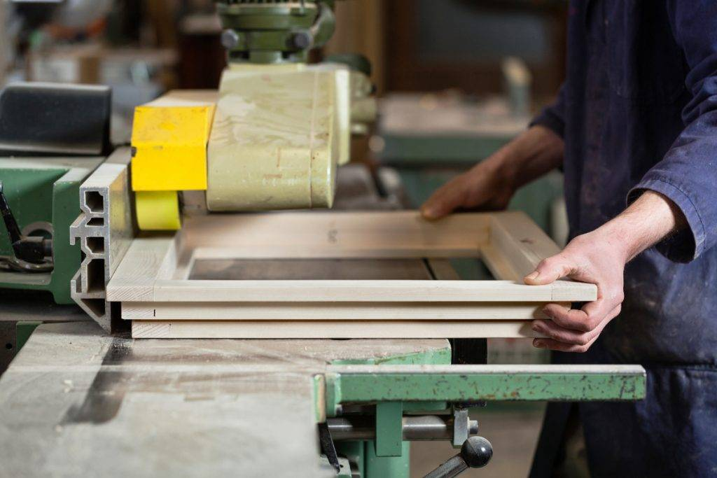 zakázková výroba dřevěných oken Techies world s.r.o., Heřmanice